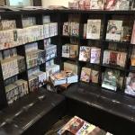 【朗報】秋葉原の美容室に「快楽天」や「コミックLO」や「同人誌」が置いてあるw
