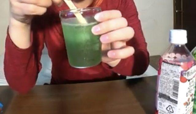文系作者「赤、青、緑のジュースを混ぜると透明になる。これが光の三原色だよ(ニチャア」