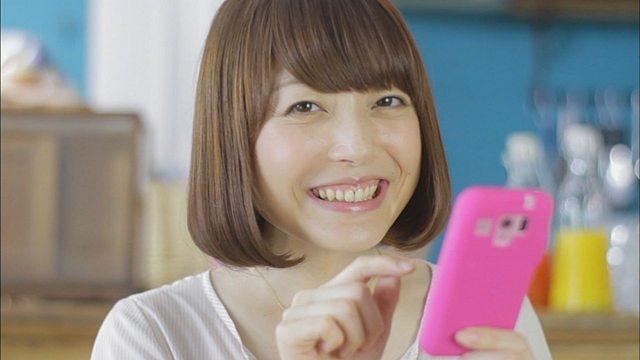 【朗報】声優・花澤香菜さん、『いなり屋』の娘と判明!!