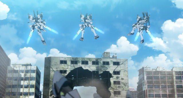今年のロボアニメ、最後の大攻勢に出る