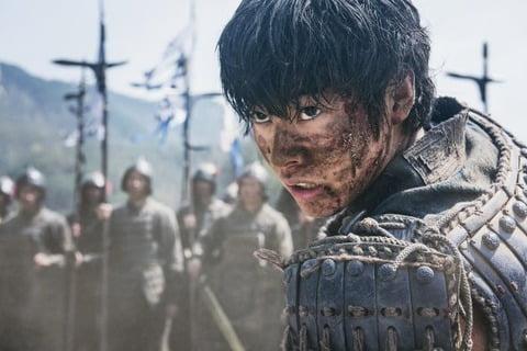 LINEが実施した「キングダム」人気キャラクターランキング!!男性人気1位は王騎、女性人気1位は・・・