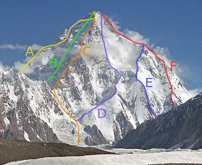 【画像】ヤマノススメ「K2登った!」専門家「!!」シュババババ