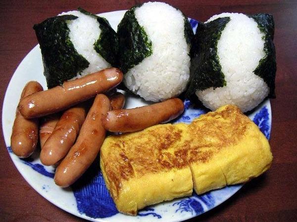 【悲報】両親を亡くしたJKの弁当、悲惨すぎるw(画像あり)
